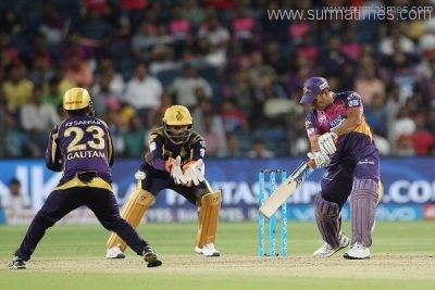 Rising Pune Supergiants captain MS Dhoni during match 20 of the Vivo IPL 2016 ( Indian Premier League ) between the Rising Pune Supergiants and the Kolkata knight Riders held at the Maharashtra Cricket Association's International Stadium, Pune, India on the 24th April 2016 Photo by Ron Gaunt  / IPL/ SPORTZPICS